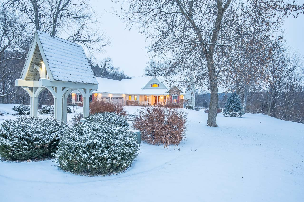 advantages of buying a home in the winter