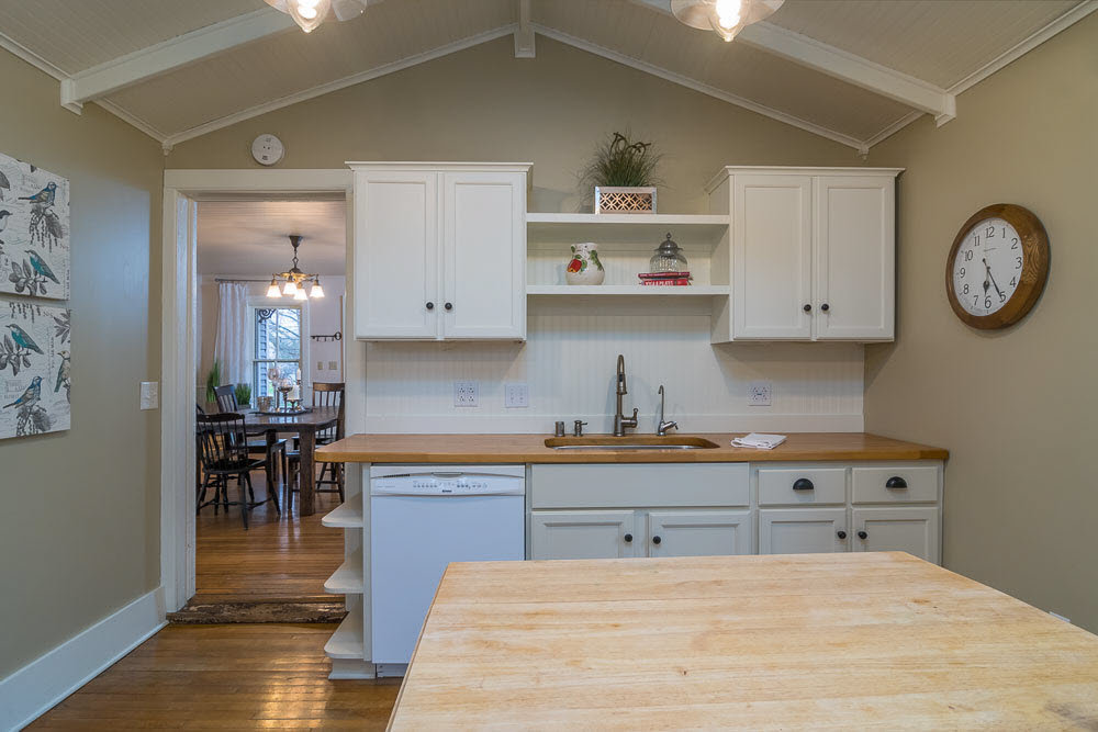 Kitchen Professionally Staged with Rented Furniture