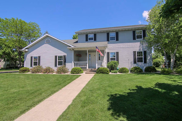 Country Wood Homes for Sale McFarland WI