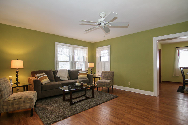staging a vacant home