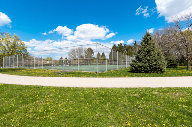 Tennis Courts in Midvale Heights